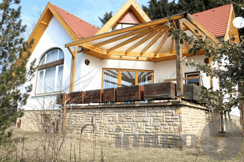Pofás kis házak várnak Sisi kedvenc városában és környékén
