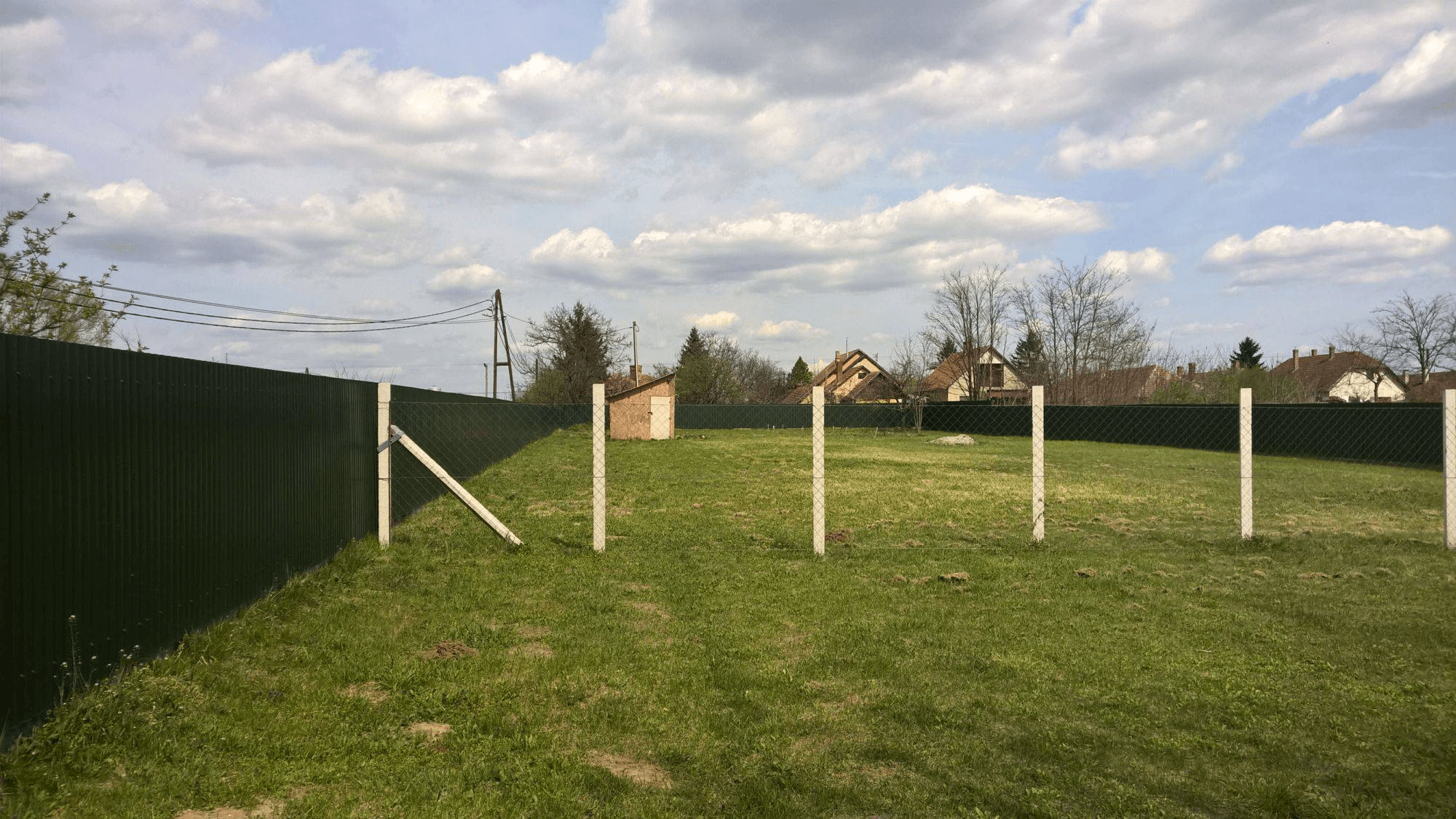 Itt a tavasz, építkezzünk. Van még olcsó telek Pest mellett?