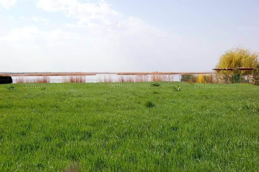 Építsd meg az álom otthonod a Velencei-tó partján!