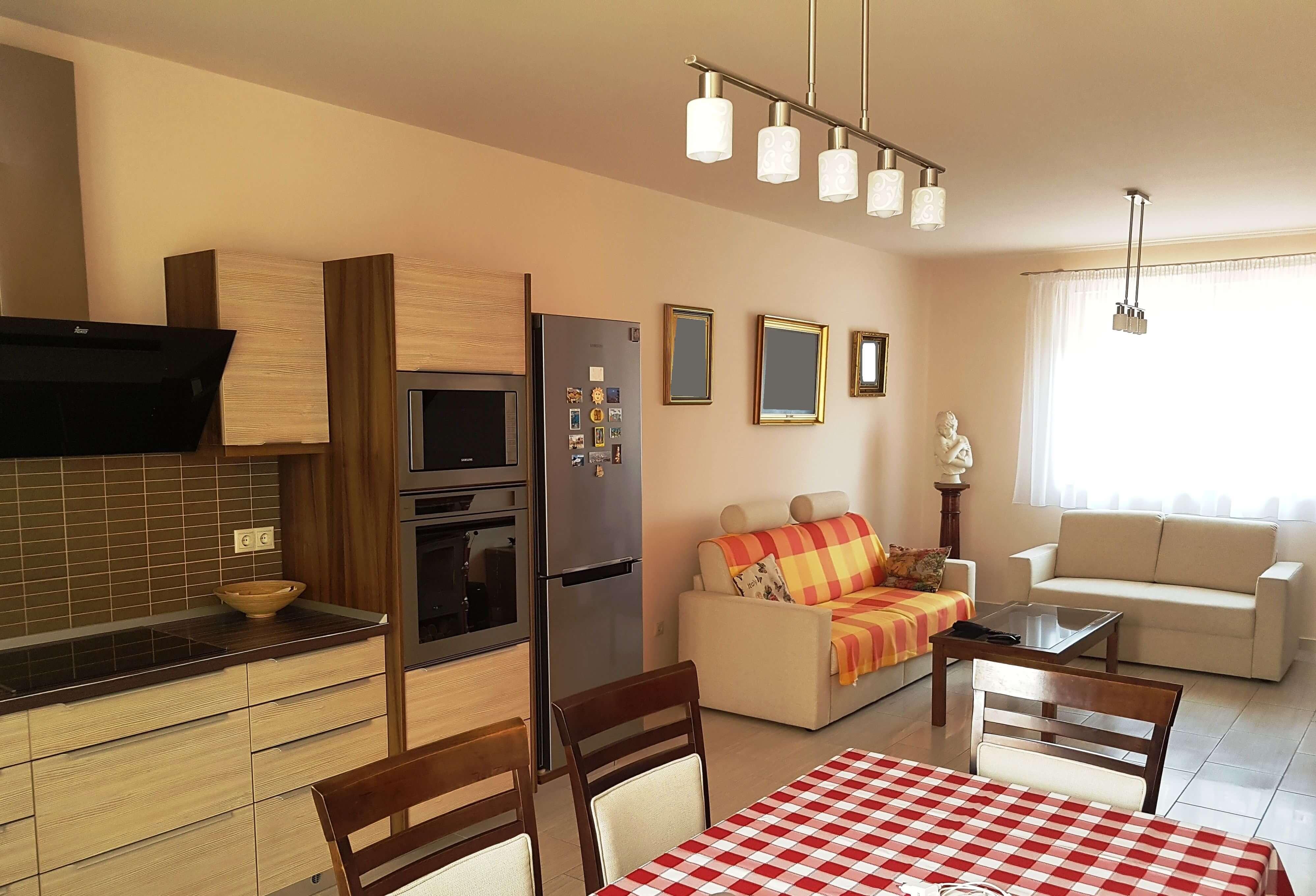 Két szobás lakás helyett családi ház a fővárosban!