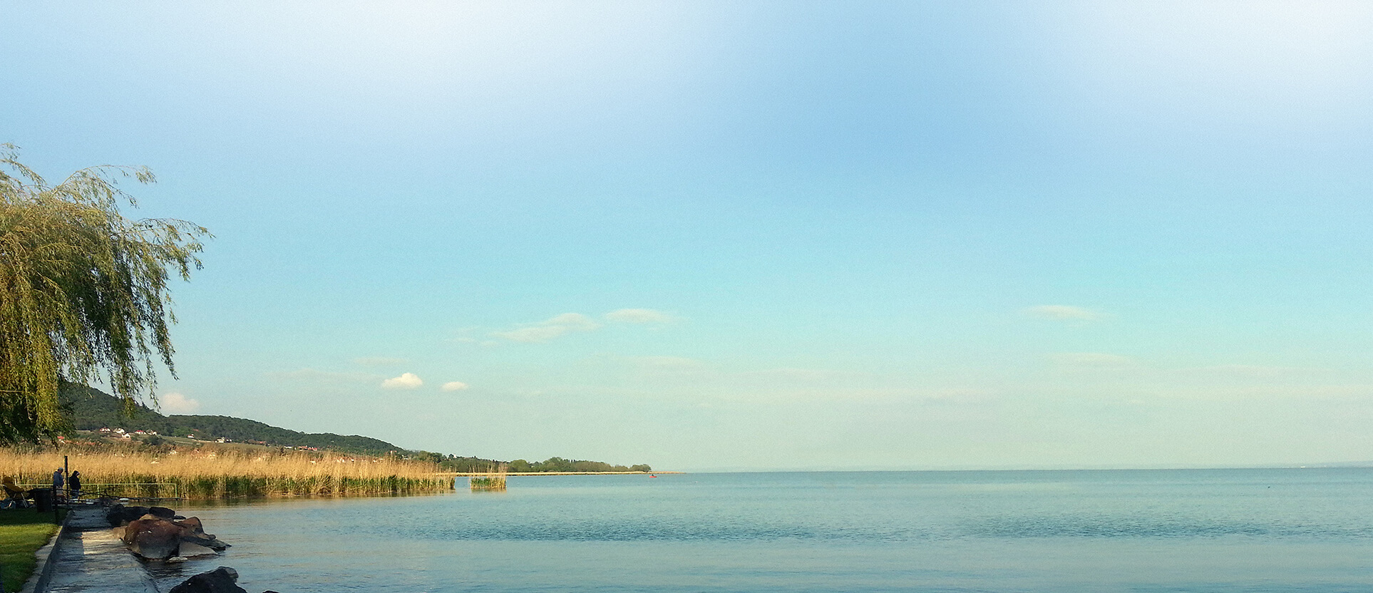 Balaton: szállodázás helyett akár 12 millió alatt saját vízparti apartman!