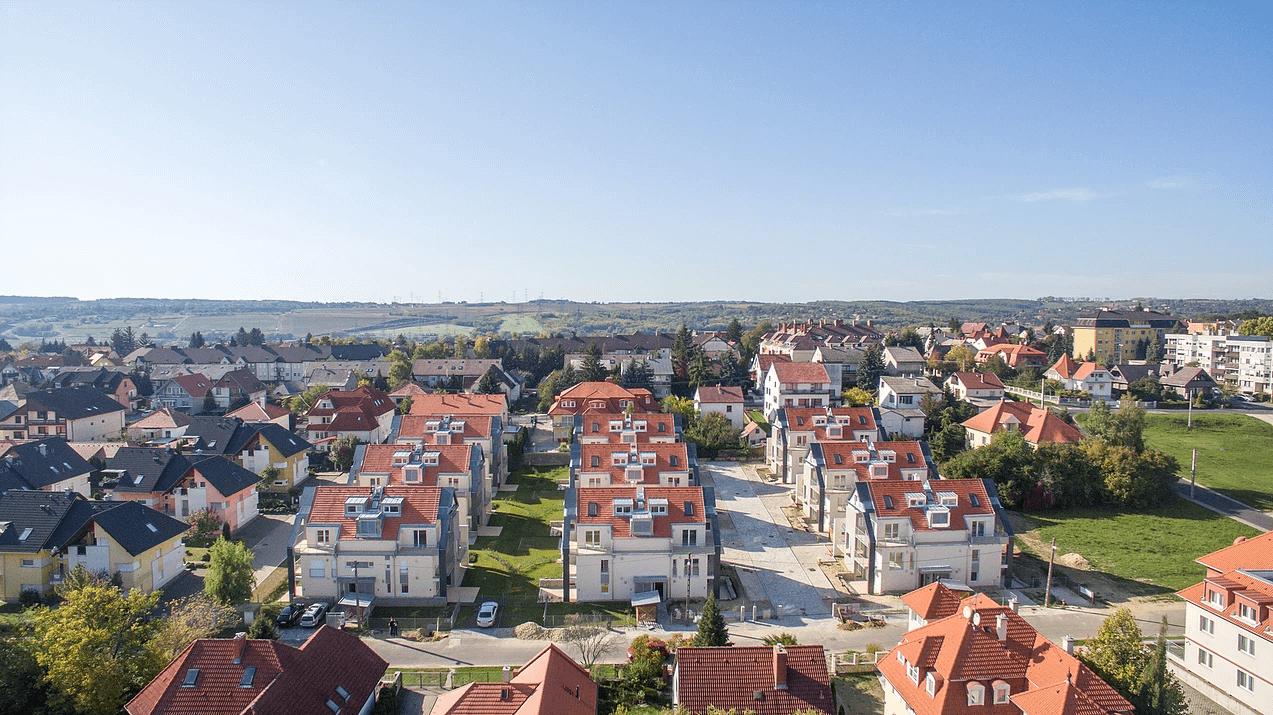 Belső kétszintes penthouse: a legjobb befektetés Hévízen