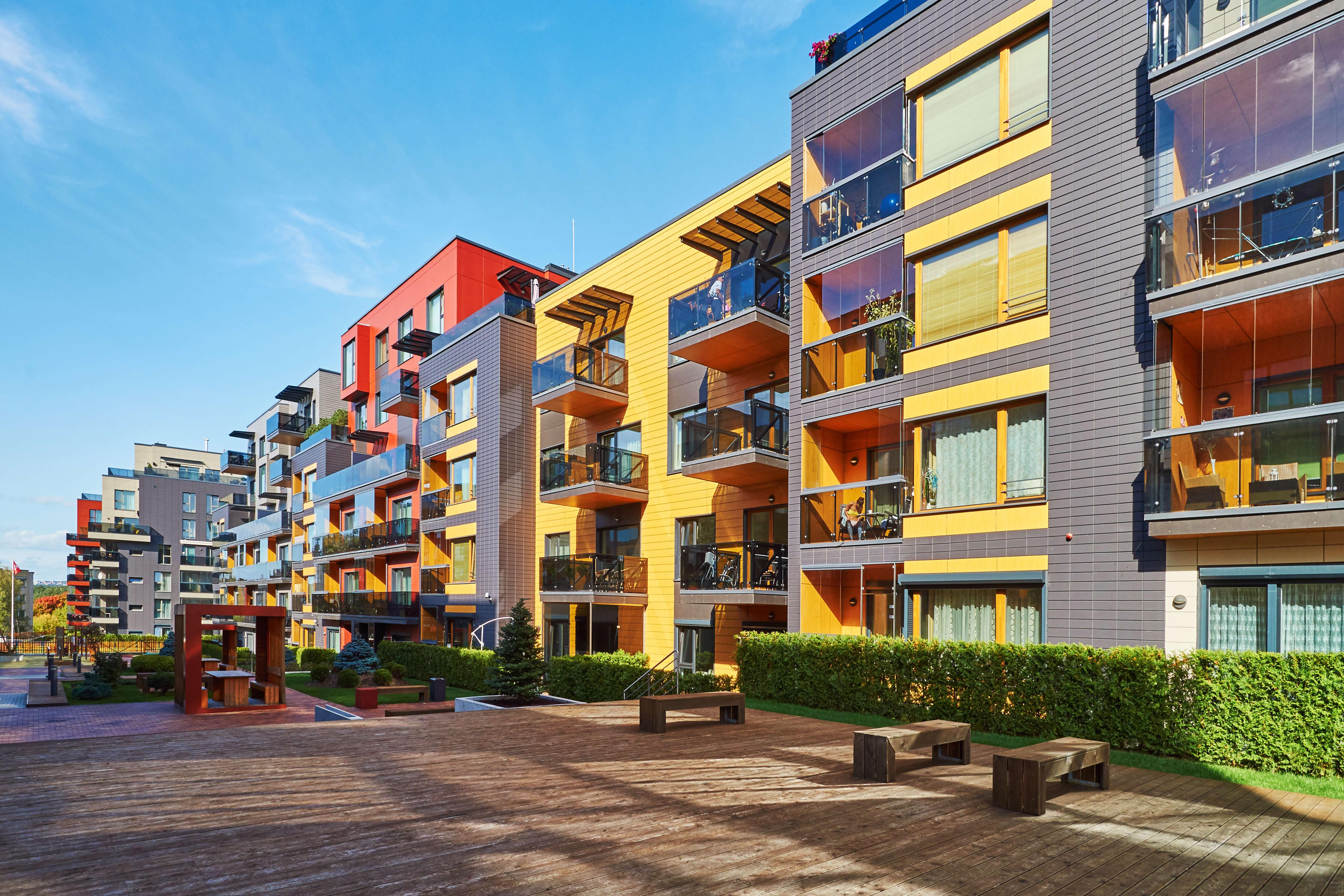 Balatoni és budapesti elegáns házak