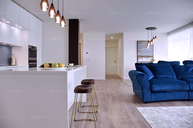 Íme, a menő penthouse-luxus Újbudához közel