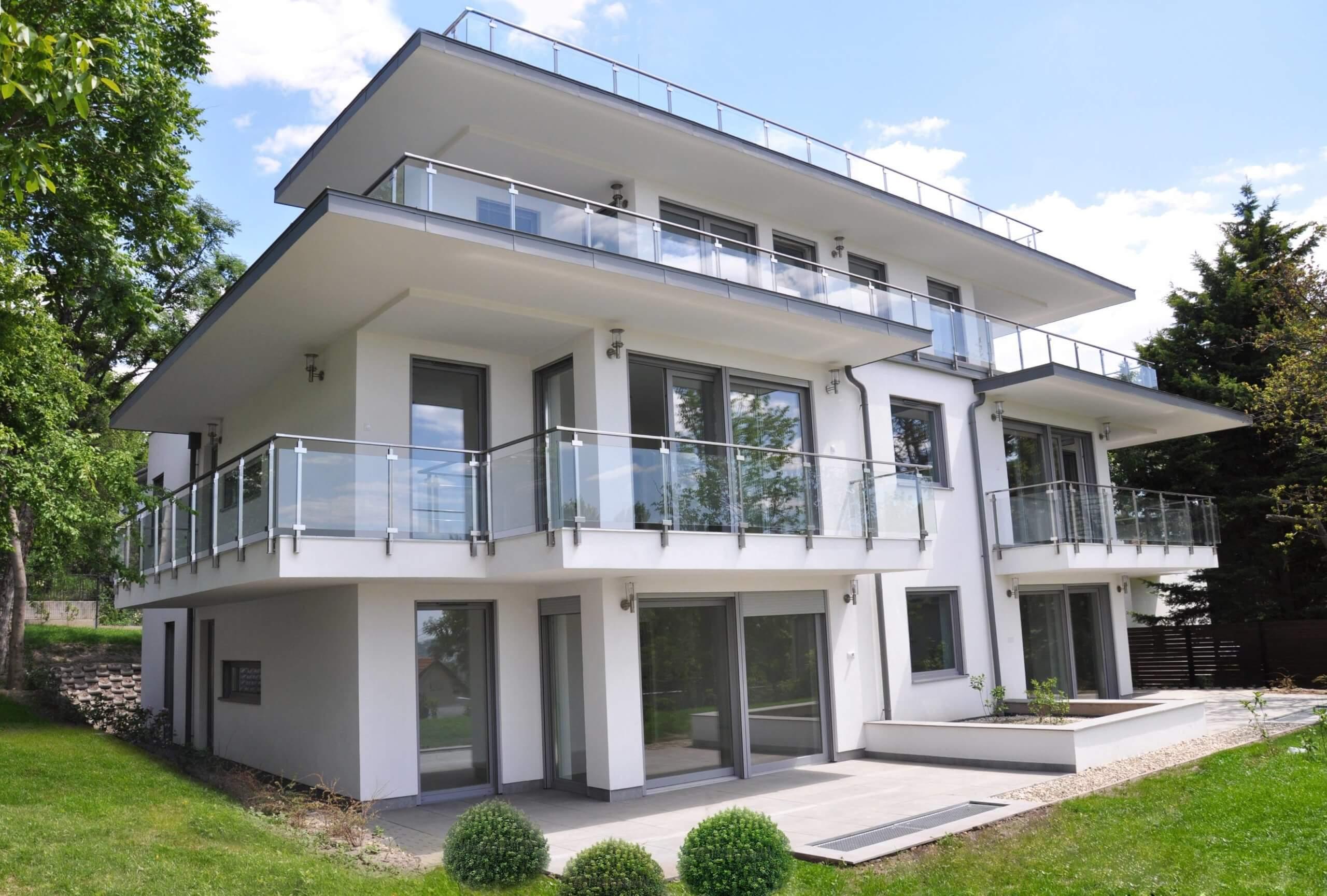 Exkluzív, új penthouse lakás a budai hegyekben