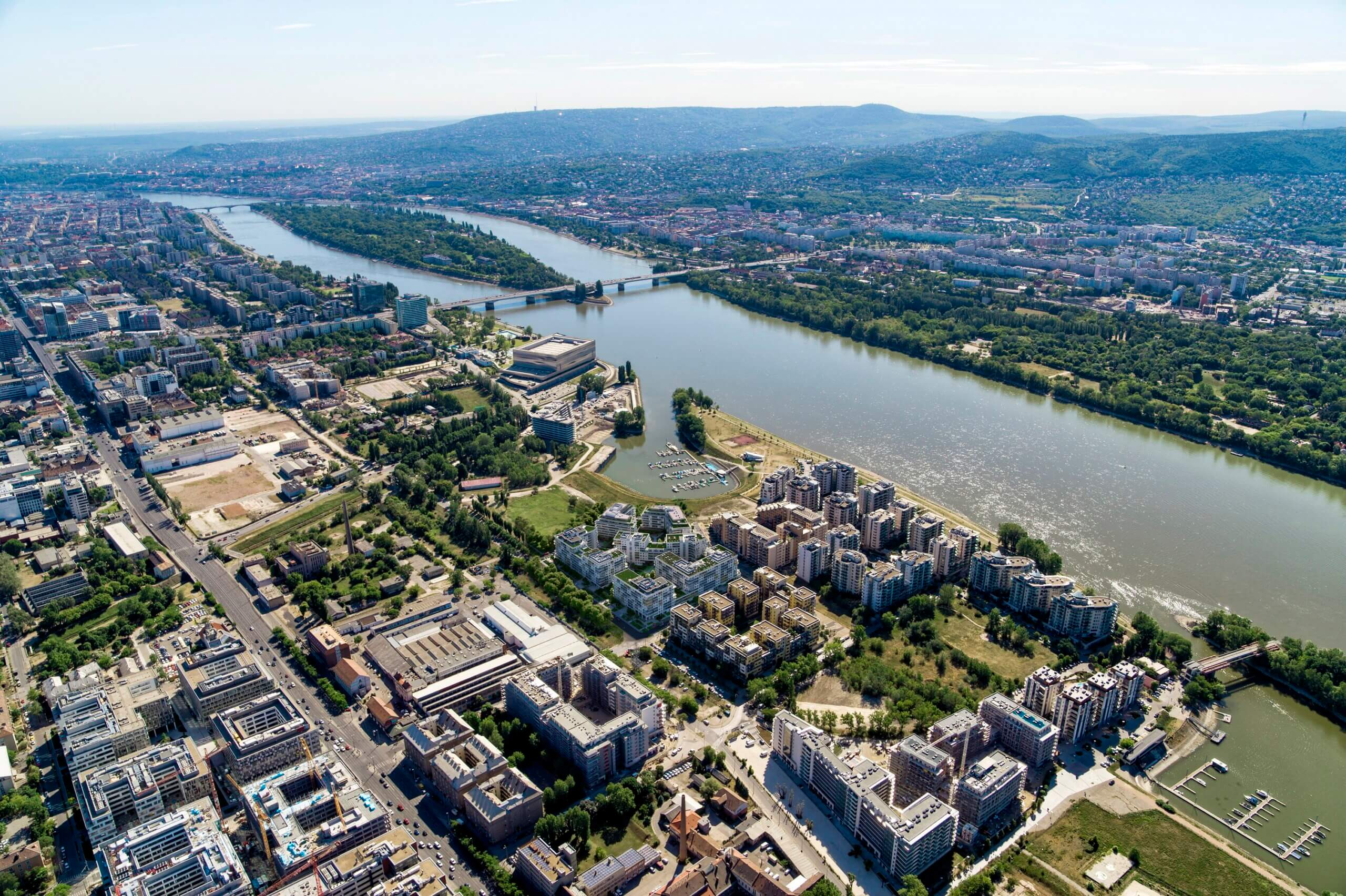 Megbízható, stabil fejlesztői háttérrel épül ez a Dunához közeli beruházás