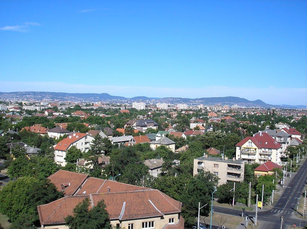Az egyik legelegánsabb kertváros Pesten – költözzön ön is ebbe a zuglói családi házba!