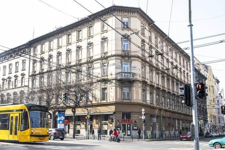 Tökéletes befektetési lehetőség egy ikonikus belvárosi épületben!