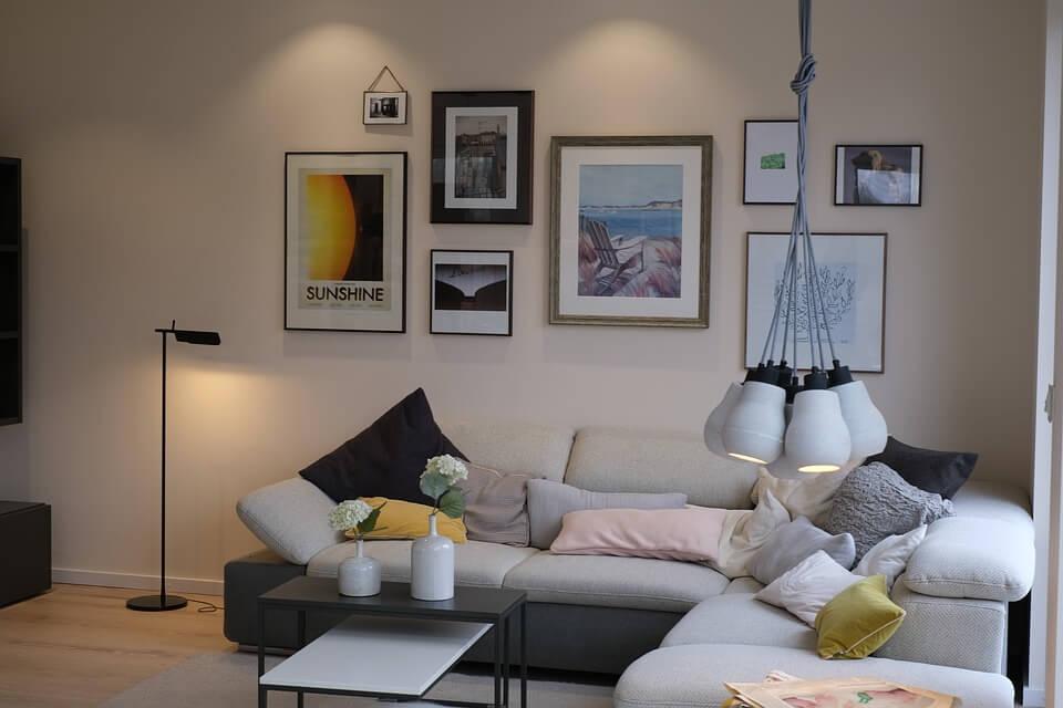 5 trendi, ugyanakkor időtálló szín a nappalidba