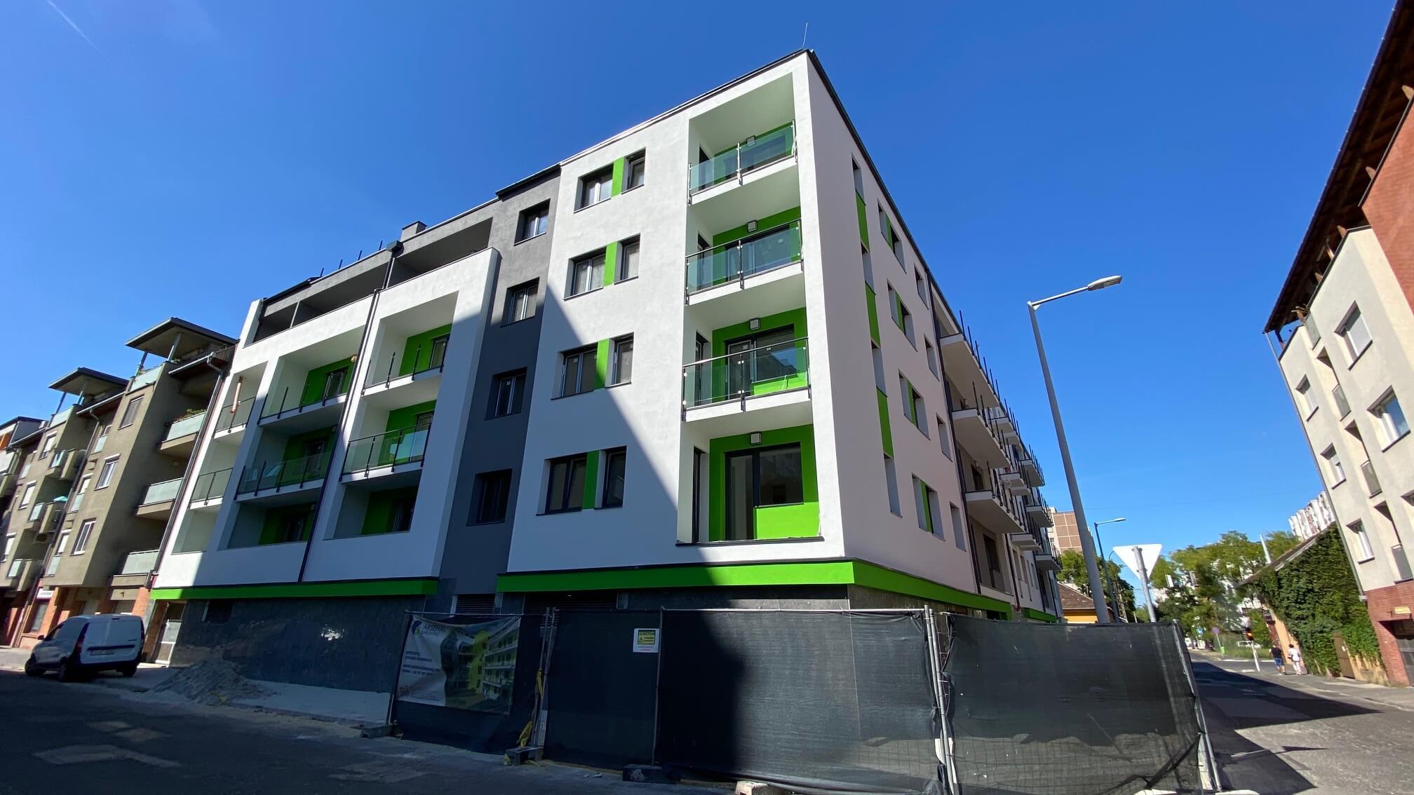 Beköltözhető családi lakások, nagyon-nagyon jó áron Újpest-központban