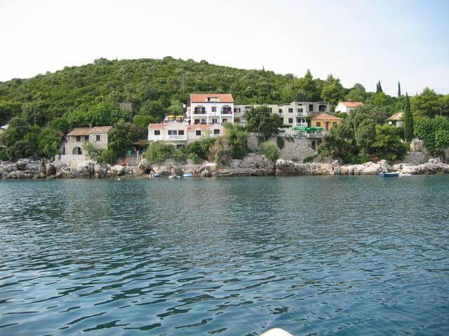 Panorámás, tengerparti álomotthon egy mesebeli horvát településen