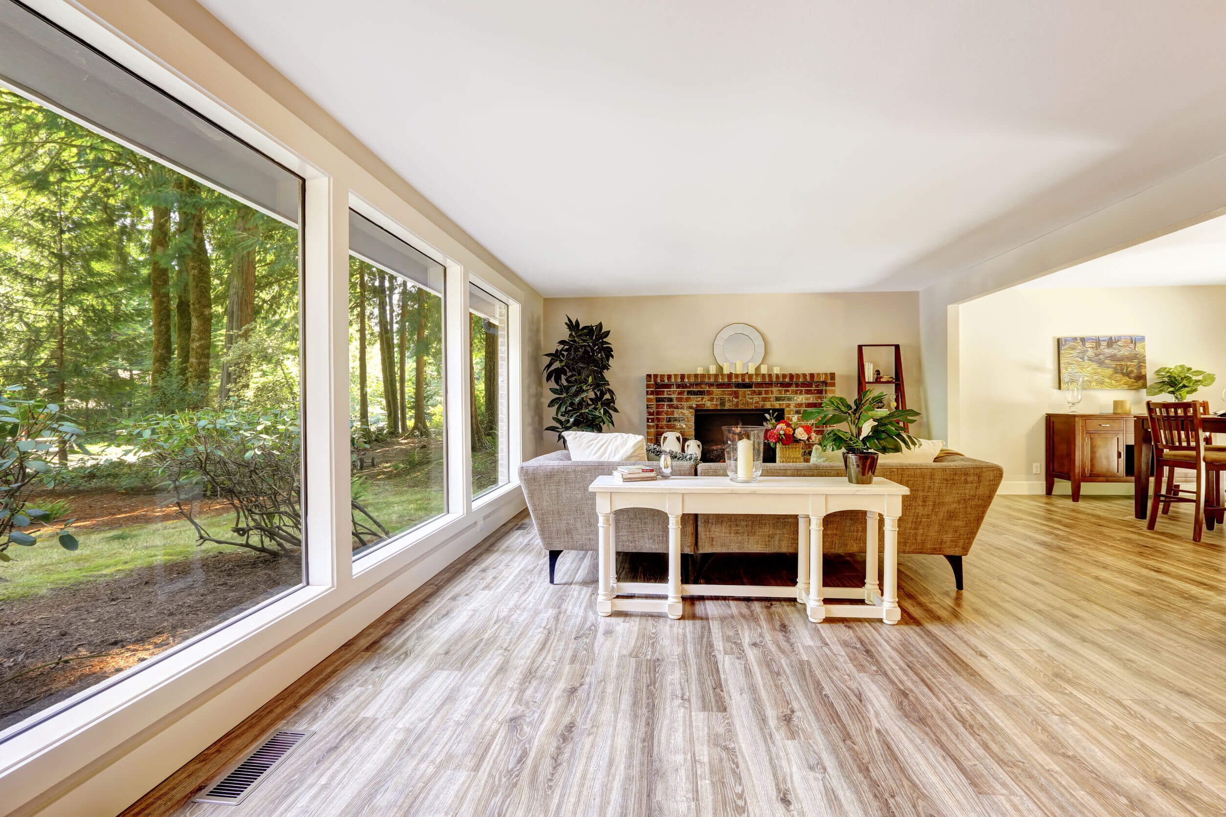 Minőségi laminált padlók a lakásban