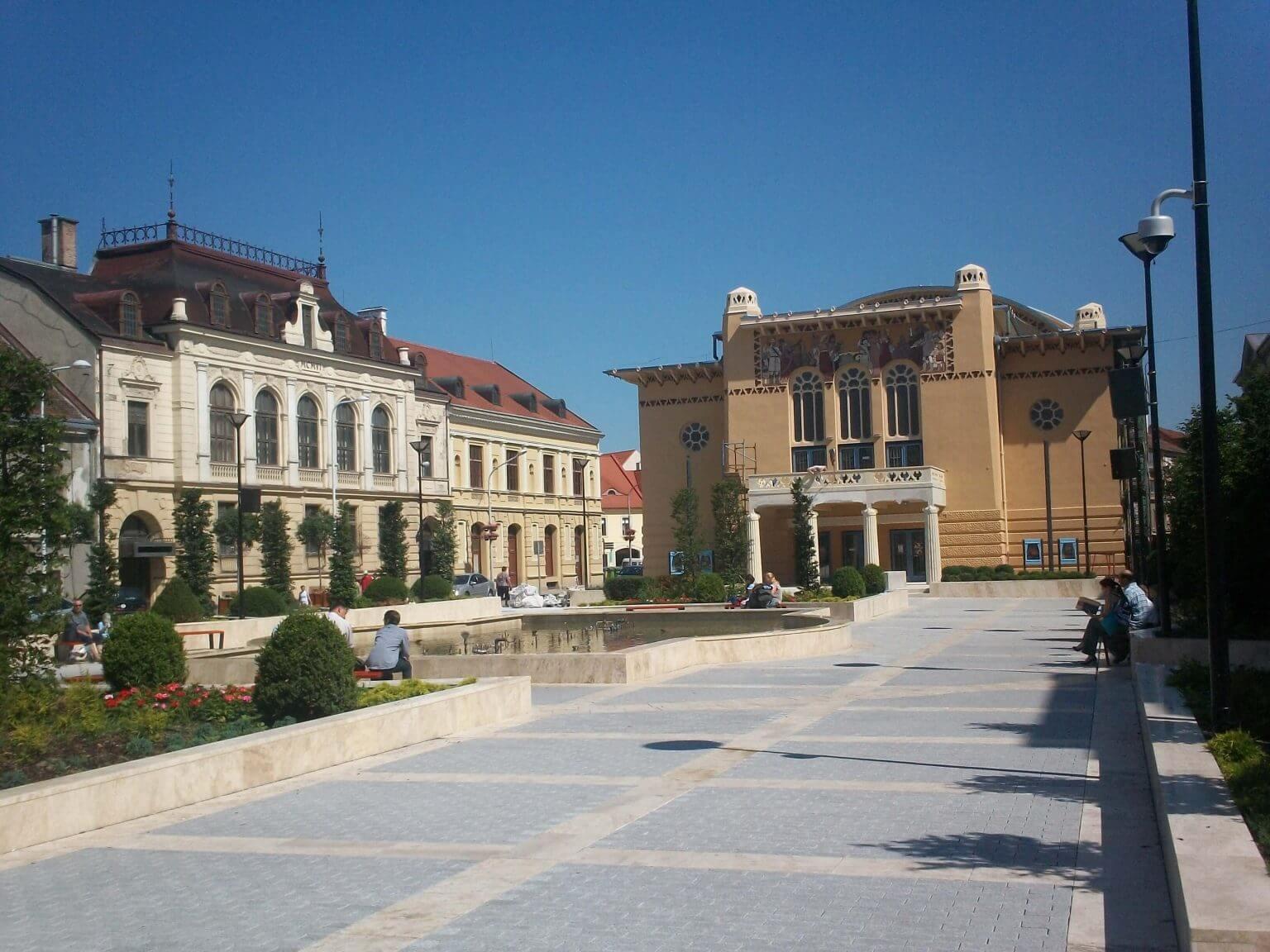 Nyugat felé nyitna? Nézze meg ezt az ikonikus házat Sopronban!