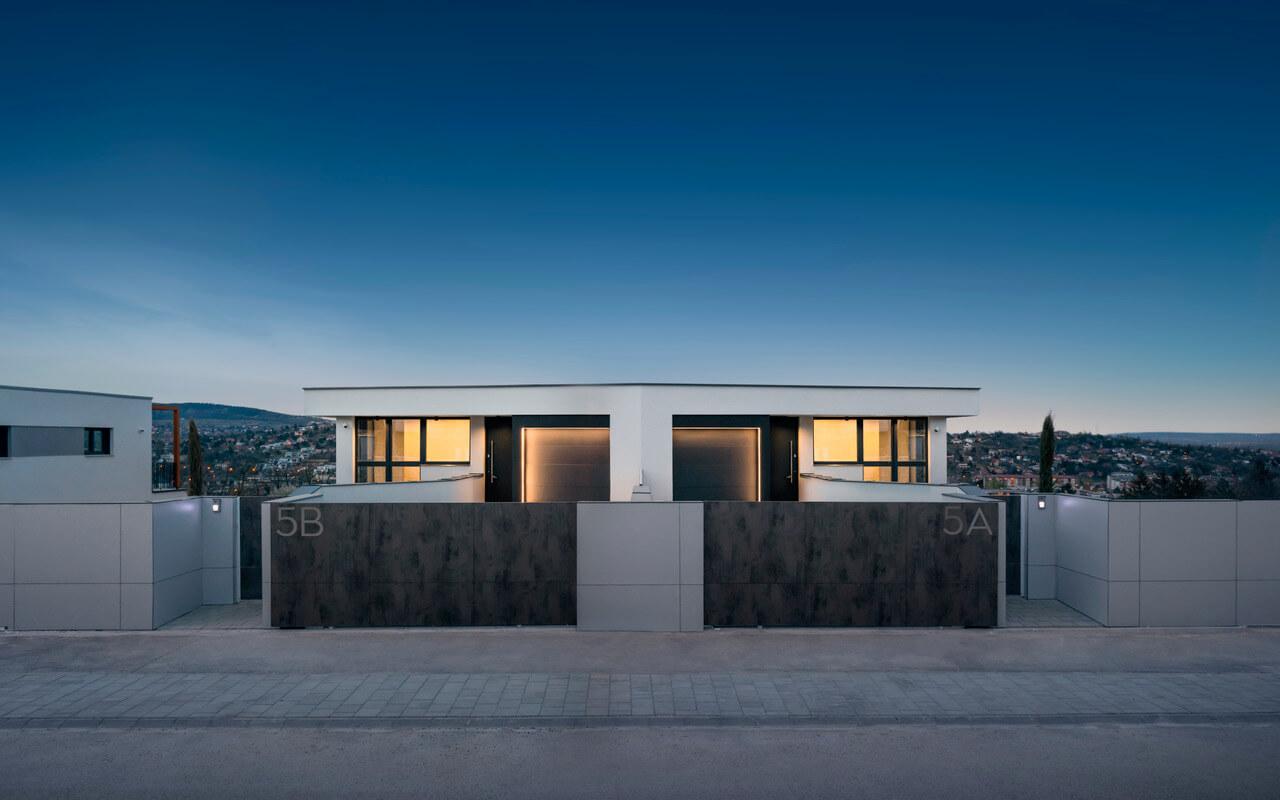 Elképesztő új ház Óbuda egyik legmenőbb domboldalán!